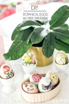Botanical Eggs DIY - at home with Ashley Easter Egg Crafts, Easter Eggs, Easter Decor, Egg Decorating, Decorating On A Budget, Mod Podge Crafts, Holiday Essentials, Easter Brunch, Crafts To Do