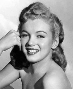 ❤ Marilyn Monroe ~*❥*~❤ Norma Jeane Mortenson Then Changed To Norma Jean Baker aka Marilyn Monroe