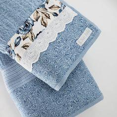 Floral Tie, Accessories, Diy And Crafts, Applique Towels, Towel Holders, Decorative Towels, Bath Towels & Washcloths, Primitive Bathrooms, Button Crafts