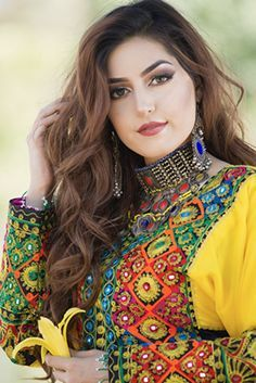 Afghan dresses, Afghan traditional and vintage clothing, girls three piece dresses, peran tumban and vests for men and boys. Punjabi Girls, Pakistani Girl, Tribal Fusion, Afghani Clothes, Indian Wedding Couple Photography, Iranian Women, Arabic Women, Afghan Girl, Afghan Dresses