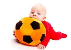 Games to play with babies - activity ideas for newborns to 1-year-olds