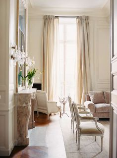 House Beautiful: Dreamy Ivory - Ivory interiors, so soft and soothing. Here is a little dreamy, ivory home inspiration, enjoy. 'Pavillon de Madame' overlooking the magnificent Beautiful Interiors, Beautiful Homes, House Beautiful, Beautiful Things, Simply Beautiful, Living Spaces, Living Room, French Interior, French Country Decorating