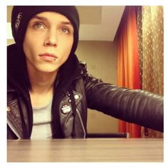 Andy <3 <3 <3 <3