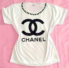 t-shirt chanel - customizada com pedrarias
