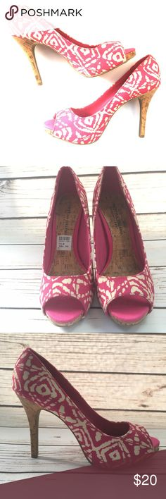 New CHRISTIAN SIRIANO Tribal Pink Print Heels New CHRISTIAN SIRIANO for Payless Tribal Pink Print Heels. Tried on. Never worn out. As is. In excellent. No box. Christian Siriano Shoes Heels