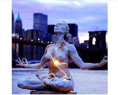 statue-w-light-lotus-woman.jpg (700×566)
