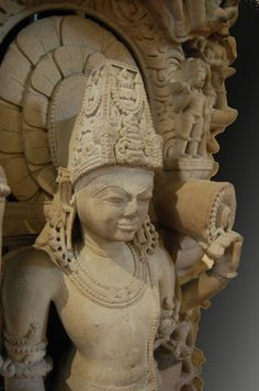 Vishnu - Kanauj, Dynastie des Chandella: Vishnu, British Museum, Londres Vishnu, l Shiva, Krishna, Hindu Art, Buddhist Art, Gods And Goddesses, Religious Art, British Museum, Indian Art, Art And Architecture