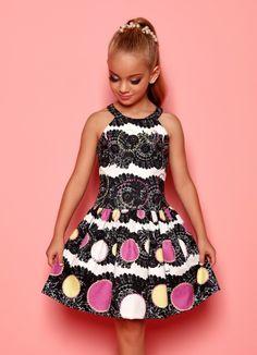 Veja nosso novo produto! Se gostar, pode nos ajudar pinando-o em algum de seus painéis :) Kids Outfits Girls, Tween Girls, Kids Girls, Cute Girls, Girl Outfits, Girls Dresses, Fashion Outfits, Fashion Kids, Lila Baby