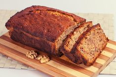 Low carb zucchini bread with a walnut topping. This is a great keto breakfast treat for those days when you want something other than bacon and eggs. Low Carb Zucchini Bread, Zucchini Bread Recipes, Banana Bread Recipes, Cake Recipes, Snack Recipes, Food Cakes, Bread Tin, Banana And Egg, Walnut Recipes