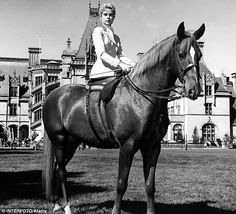 #vintage #horse Grace Kelly's look in 1956 film, The Swan