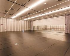 Home Ballet Studio, Music Studio Room, Tanzstudio Design, House Design, Dance Studio Design, Dance Rooms, Dance Project, Dream Studio, Modern Dance
