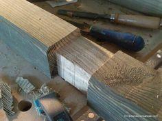 Cortar las cajas en las patas de la mesa Cutting Board, Wood, Atelier, Crates, Diy, Woodwind Instrument, Timber Wood, Trees, Cutting Boards