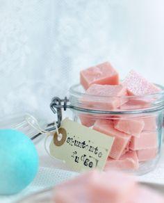 Santa Fudge, a swedish christmas candy (Skumtomtefudge) - in swedish