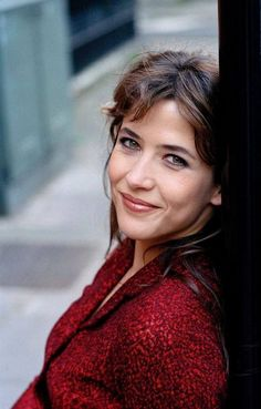 Sophie Marceau is a French actress who has appeared in films such as Braveheart… Isabelle Adjani, Bond Girls, Beautiful Celebrities, Beautiful Actresses, Beautiful Eyes, Most Beautiful Women, Sophie Marceau Photos, Sophie Marceau James Bond, Jenifer Aniston