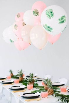 Lofty Tropical Place Settings