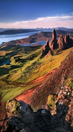 12 Dramatic Shots of the Old Man of Storr in the Isle of Skye, Scotland - My Modern Met . I have to go to Isle of Skye before I die! Places Around The World, Oh The Places You'll Go, Scotland Travel, Scotland Uk, Scotland Vacation, Scotland Trip, Scotland Holidays, Loch Ness Scotland, Inverness Scotland