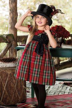 Élégantes tenues de fête avec imprimés traditionnels pour votre petite RL