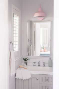 38 Half Wall Shower for Your Small Bathroom Design Ideas ~ M Small Bathroom, Master Bathroom, Bathroom Ideas, Cozy Bathroom, Glass Shower Doors, Contemporary Home Decor, Shower Floor, Sconce Lighting, Bathroom Renovations