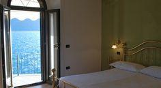Doppia Deluxe vista lago con balcone privato e ingresso indipendente