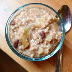 Cinnamon Raisin Apple Pie Steel Cut Oats Really good, 4 mins!