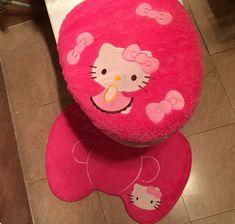 Hello kitty baño 3 unids conjunto lavabo cubierta de asiento de felpa con closestool cushion aseo mat envío gratis(China (Mainland))