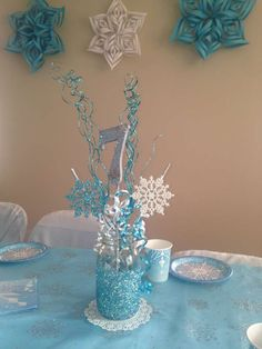 Frozen (Disney) Birthday Party Ideas Pamela G's Birthday / Frozen (Disney) - Photo Gallery at Catch My Party Frozen Themed Birthday Party, Disney Frozen Birthday, 4th Birthday Parties, Frozen Disney, Frozen Birthday Centerpieces, 3rd Birthday, Snowflake Centerpieces, Turtle Birthday, Birthday Ideas