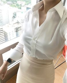 Business Dresses, Business Outfits, Katana Girl, White Shirt Outfits, Pencil Skirt Black, Pencil Skirts, White Shirts Women, Blouse And Skirt, Satin Blouses
