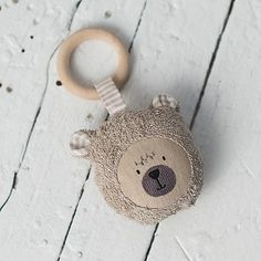 GIFT SET: Dummy holder and Wooden teething ring toy teddy bear - Organic teether wood cotton - newborn baby shower gift Newborn Toys, Baby Toys, Toddler Gifts, Toddler Toys, Baby Shower Gifts, Baby Gifts, New Baby Presents, Wooden Teething Ring, Diy Bebe