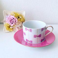 可愛いピンクのリボン柄カップ&ソーサー♡