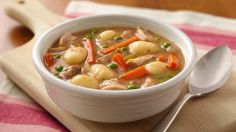 Enjoy this chicken and vegetables soup made using gnocchi, Progresso® chicken broth and Green Giant® baby sweet peas - a delicious slow-cooked dinner.