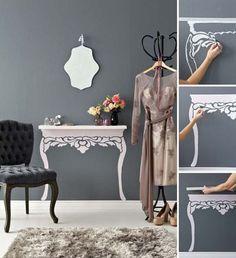 Nincs helyed egy konzolasztalhoz a fal mellett? Egy kis kreativitással egy kekeny, falra rögzített polcból vizuálisan kisasztalt varázsolhat...