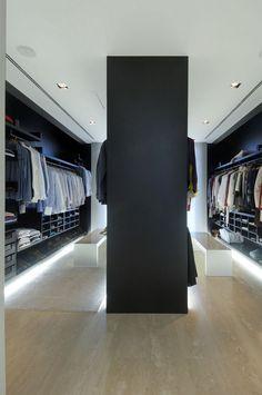 Vivienda Residenz 19 - begehbarer Kleiderschrank