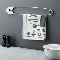 Quirky home accessories: Giant metal display pin ~ Fresh Design Blog