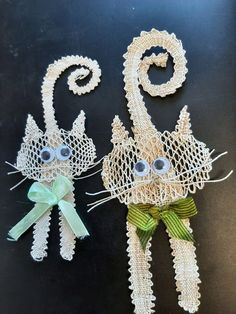 Lace Jewelry, Jewellery, Bobbin Lace, Christmas Ornaments, Holiday Decor, Crochet, Respect, Blog, Bobbin Lacemaking