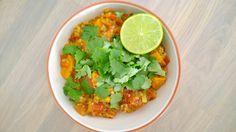Ik ben gek op stoofpotjes en curry's. Heerlijke kruidige, volle smaken die opgehaald worden verse kruiden als koriander en wat vers limoensap. Echt genieten. Ik maak ook altijd gelijk een hel…