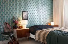 patterned wallpaper bedroom