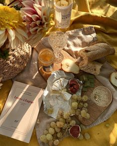 An elegant picnic includes a simple charcuterie board. picnic Wine and cheese picnic Picnic Date, Summer Picnic, Summer Aesthetic, Aesthetic Food, Aesthetic Photo, Food Platters, Oui Oui, Mellow Yellow, Pink Yellow