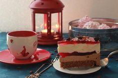 Очень вкусный торт, для тех кто любит кофе, так же как люблю его я) Клюквенная прослойка выгодно оттенила ванильный и кофейный муссы. торт придумала и воплотила,…