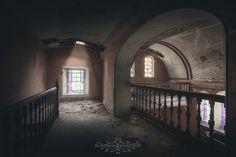One last goodbye   Um último adeus   Abandoned villa. Chapel…   Flickr - Photo Sharing!