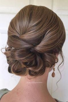 42 Everyday cute hairstyles for long hair - Frisuren Lange Haare - Wedding Hairstyles Updos For Medium Length Hair, Up Dos For Medium Hair, Short Hair Updo, Medium Hair Styles, Short Hair Styles, Low Updo, Easy Updo, Updos For Shorter Hair, Updo Diy