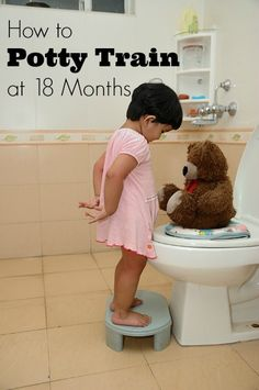 How to Potty Train Early at 18 Months #parenting #pottytraining| JellibeanJournals.com