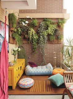 cool way to decorating the balcony