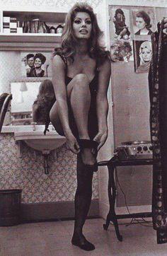 Sophia Loren OMG!!!!!!!!!!!!!!!!!!!!