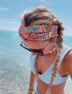 Credits to haileyariel on summer vibes hair, hair styles, cut Surfergirl Style, Hair And Beard Styles, Long Hair Styles, Mode Turban, Granola Girl, Hair Breakage, Hair Growth Oil, Summer Aesthetic, Mode Inspiration