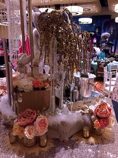 Hollywood glam table setting! Let's do something grandiose for your event.