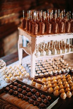 9 Reception Bars That Have Nothing to Do With Cocktails – Dessert Recipes, ideas Dessert Bar Wedding, Wedding Reception Food, Wedding Desserts, Wedding Catering, Wedding Desert Bar, Rustic Wedding, Wedding Ideas, Wedding Food Bars, Wedding Foods