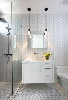 New This Week: 5 Stylish Bathrooms Under 75 Square Feet