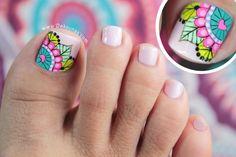 New fails art tutorial link Ideas Mani Pedi, Manicure And Pedicure, Mandala Nails, Feet Nails, Toe Nail Designs, Toe Nail Art, Nail Decorations, Black Nails, Toenails
