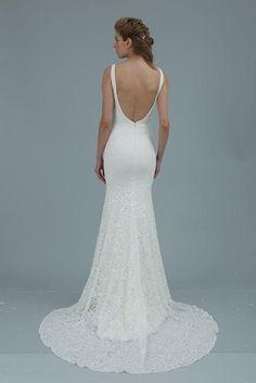 Lace Wedding Dresses With Classic Elegance - MODwedding