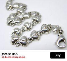 #vintagejewelry #valentinesday #giftsforher #ecochic #teamvintageusa
